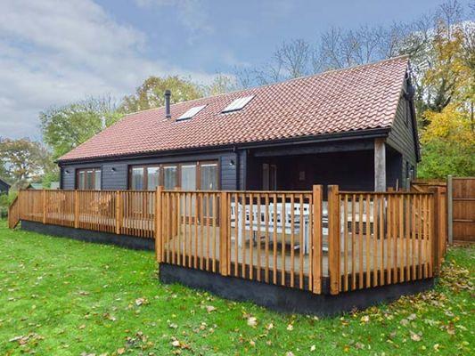Bluebell Barn photo 1