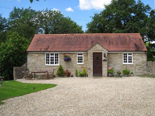 Magpie Cottage photo 1
