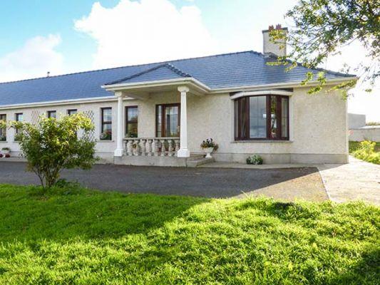Belladrihid Cottage photo 1