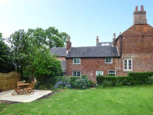 Fallowfields Cottage photo 1