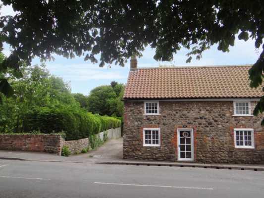 Cobble Cottage photo 1