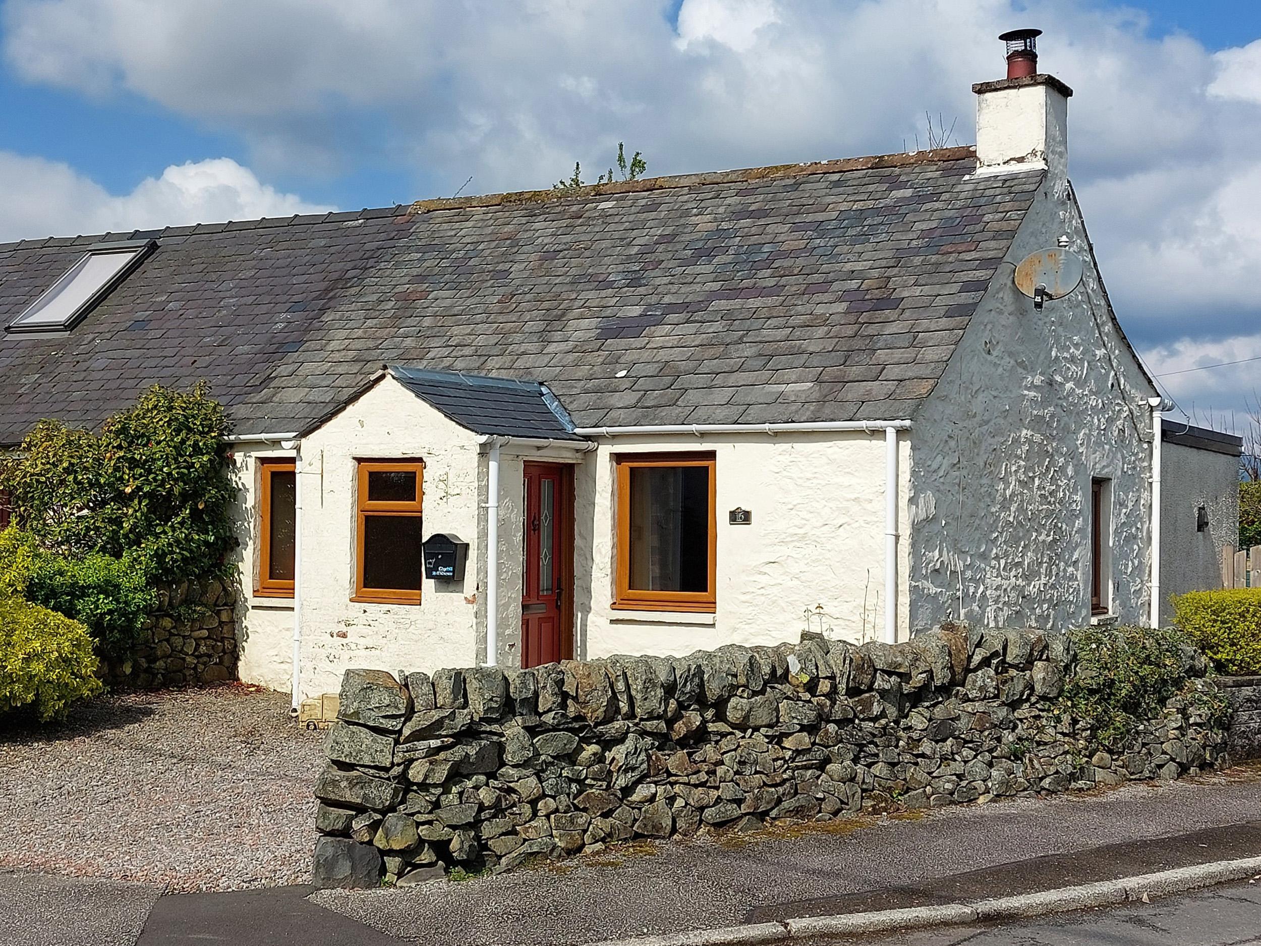 Edge Hill, St John's Town of Dalry