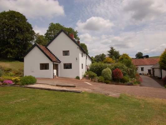 Surridge Farmhouse photo 1