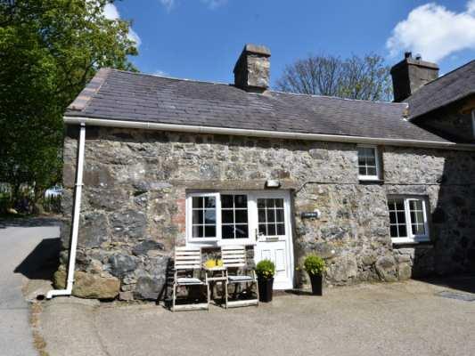 Gwnhinghar Cottage photo 1
