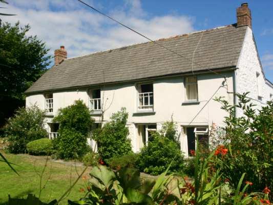 Tregithey Farmhouse photo 1