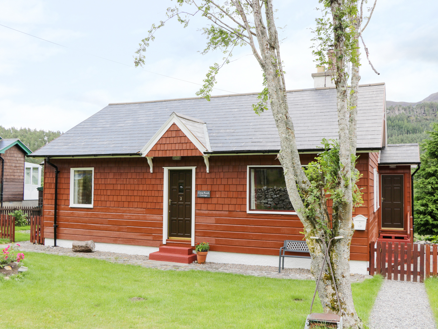 3 Strathanmore Cottages, Strathconon