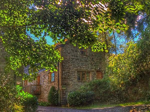 Barn End photo 1