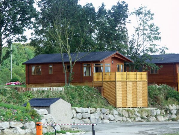Lakeland cabin south lakeland leisure village warton the lake district and cumbria self for Lake district cottages with swimming pool