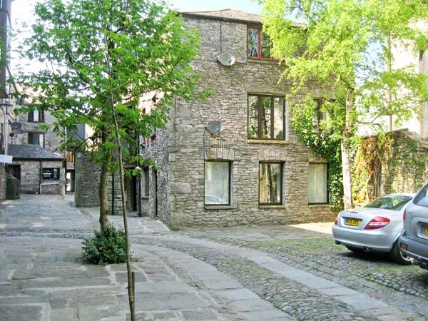 9 camden building kendal the lake district and cumbria - Luxury cottages lake district swimming pool ...