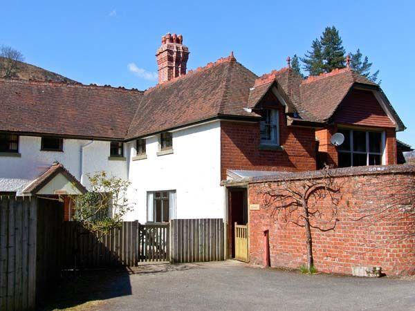Riverside Cottage photo 1