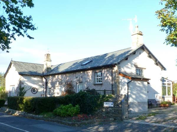 The old school crooklands the lake district and - Luxury cottages lake district swimming pool ...