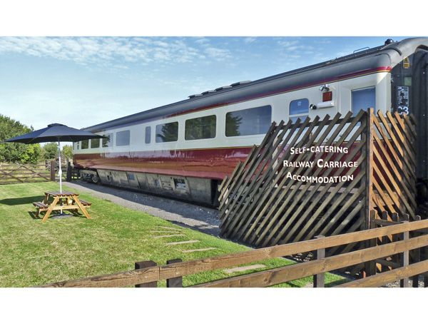 Converted Railway Carriage   Hawsker   High Hawsker ...