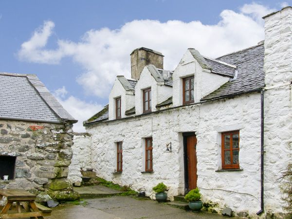 Hen Argoed Cottage photo 1