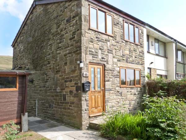 1 Fell Side Todmorden Mankinholes Yorkshire Dales Self Catering Holiday Cottage