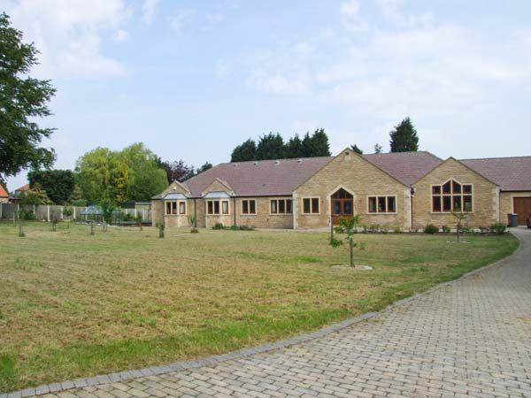 Manor House photo 1