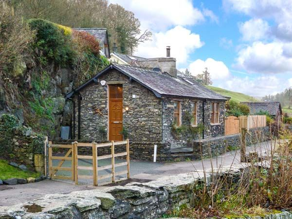 The lodge newby bridge bouth the lake district and - Luxury cottages lake district swimming pool ...