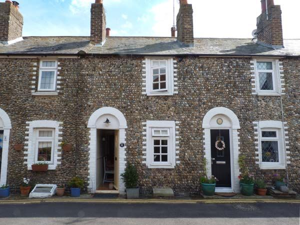 Kent Holiday Cottage in Minnis bay