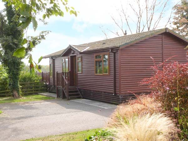 20 borwick heights south lakeland leisure village - Luxury cottages lake district swimming pool ...