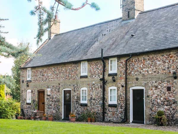 Flint Cottage photo 1