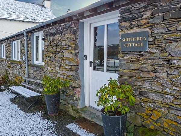 Shepherd 39 s cottage hawkshead roger ground the lake - Luxury cottages lake district swimming pool ...