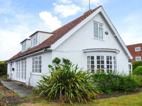 The Dingle holiday cottage, Cromer, Norfolk
