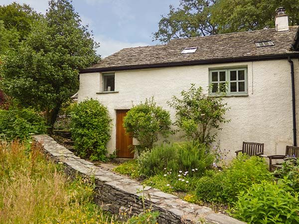 Corn cottage water yeat coniston water water yeat the lake district and cumbria self for Lake district cottages with swimming pool