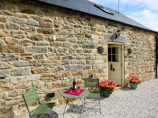 Derbyshire Holiday Cottages: The Old Blacksmiths, Ashover | sykescottages.co.uk