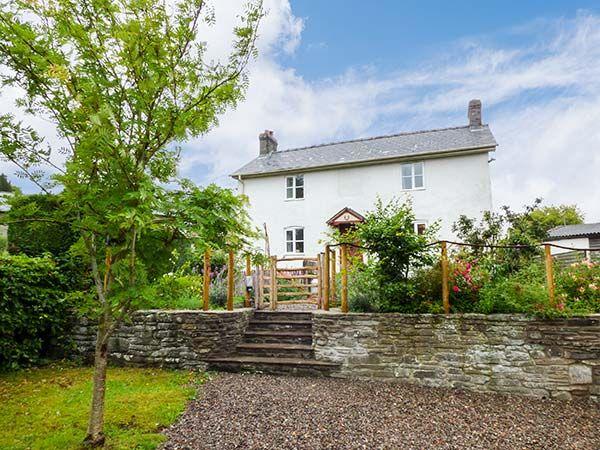 Gatehouse photo 1