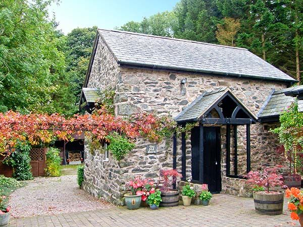 Romantic Cottages for Two | sykescottages.co.uk