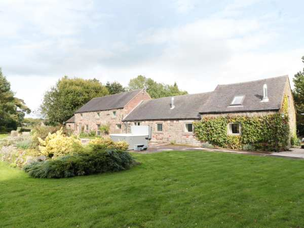Lee House Cottage Cheddleton Cats Edge Peak District Self Catering Holiday Cottage