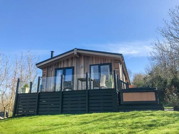 Crook lodge allithwaite cartmel the lake district - Luxury cottages lake district swimming pool ...