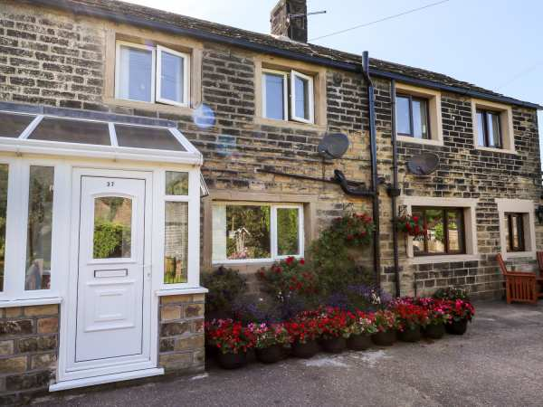Lewis Cottage photo 1
