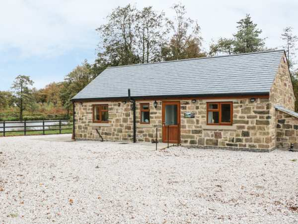 Bear Lake Lodge Belper Clearsprings Fm Peak District Self Catering Holiday Cottage