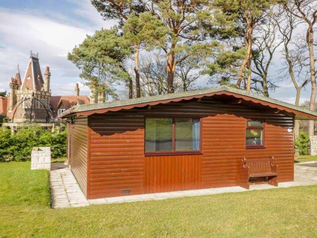 Foxglove Lodge photo 1