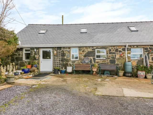 Ty Mynydd Cottage - 1001468 - photo 1