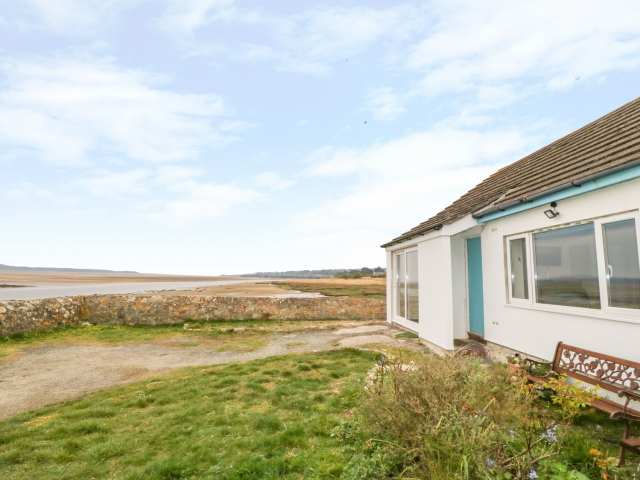1 Beach Cottages photo 1