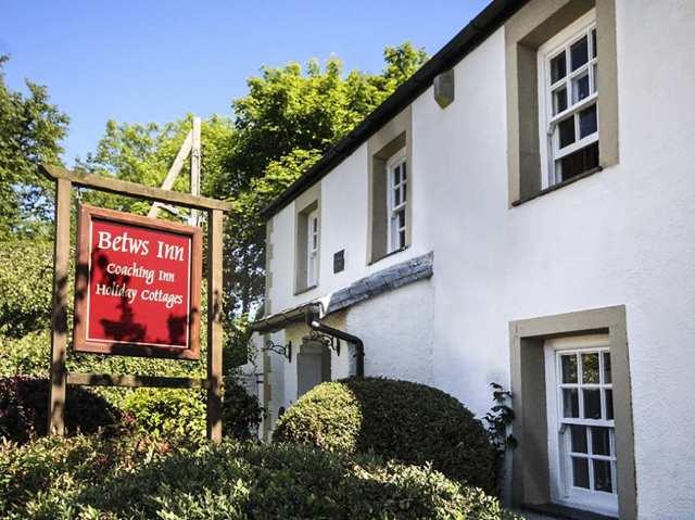 Betws Inn photo 1