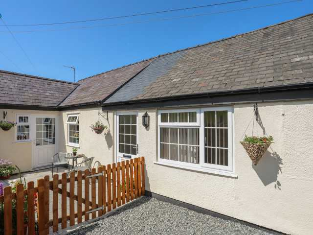 The Cottage at Garnedd Isaf - 1017693 - photo 1