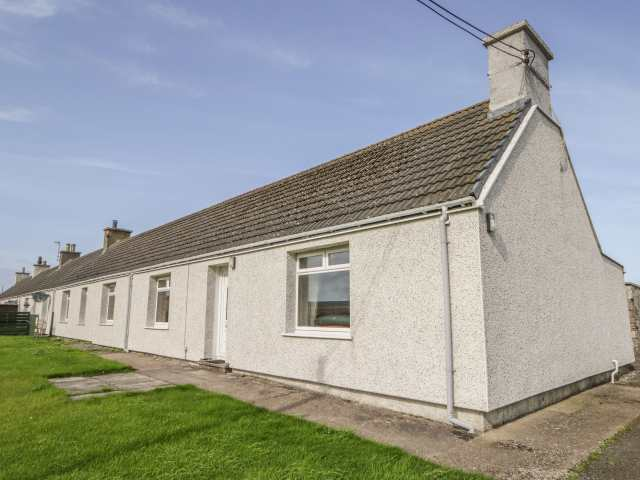 Number One Scrabster Farm Cottages - 1017978 - photo 1