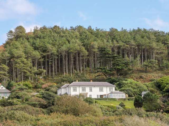 Brynmorwydd photo 1