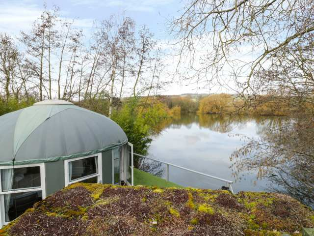 Lakeview Yurt photo 1