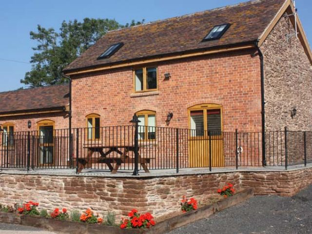 The Stables - 12137 - photo 1