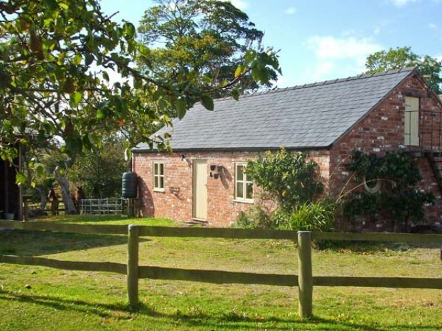 Little Pentre Barn - 1696 - photo 1