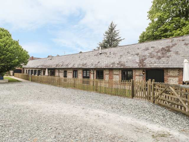 The Old Stables - 18978 - photo 1