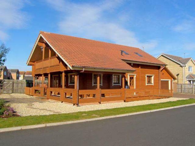 Jamaal Lodge photo 1
