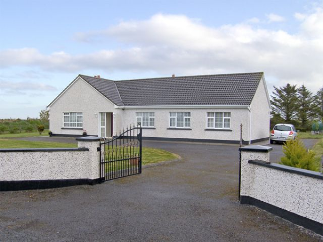 Dromore West Cottage - 4081 - photo 1