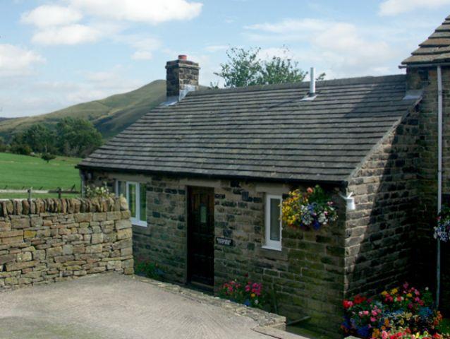 Hathaway Cottage - 610 - photo 1