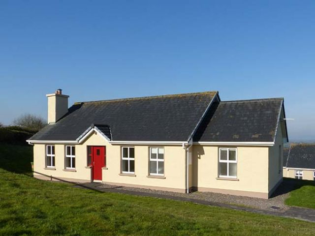 2 Ring of Kerry Cottages - 922755 - photo 1