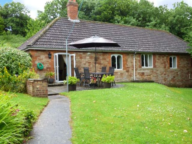 Greenmount Cottage - 923648 - photo 1