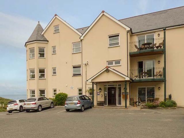 4 Beachcombers Apartments - 927396 - photo 1